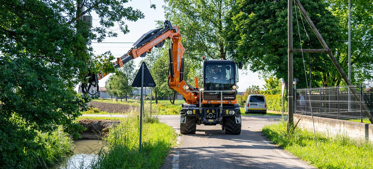 ilf - athena - lavori stradali - manutenzione del verde - energreen macchine professionali
